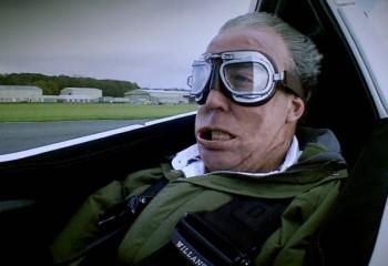 735 km hızla esen rüzgarda insan yüzü nasıl görünür?