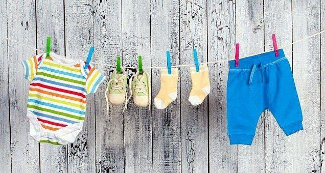 Bebek kıyafetleri nasıl temizlenmeli? Kadın  yafetleri temizlenmeli bebek
