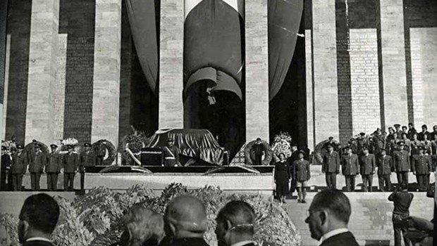 Kasım 1938 Atatürkün ölümü ve cenaze töreni İlginç Bilgiler  toreni olumu cenaze ataturkun