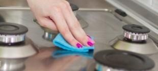 Eşya temizliği ve bakımı yaparken