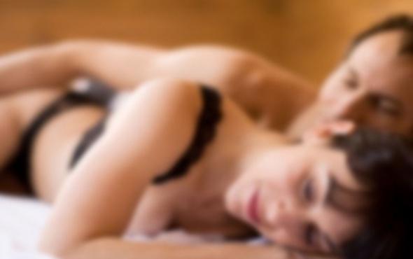 Kadınlarda Orgazm Nasıl Olur, Orgazm Nedir? Kadın  orgazmın faydaları kolay orgazmın yolları kadınlarda elle tatmin nasıl olur kadınlarda boşalamama nedenleri kadın kaç dakikada tatmin olur g noktası birlikte nasıl olunur