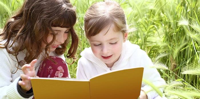 Çocuklara ders çalışmayı nasıl sevdirmeliyiz ? Kadın  ilkokul 2. sınıf öğrencisine nasıl ders çalıştırılır ilkokul 1 sınıf çocuğuna nasıl ders çalıştırılır doğan cüceloğlu ders çalışma ders çalışmayan çocuğa yaklaşım ders çalışmak istemeyen ergene nasıl davranmalı ders çalışmak istemeyen çocuğa okunacak dua çocuğum ders çalışmıyor diyenler için öneriler çocuğa ders çalışmayı nasıl sevdirebilirim