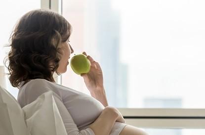 Hamileliktekanama neden olur? Hamilelik Kadın neden kanama hamilelikte